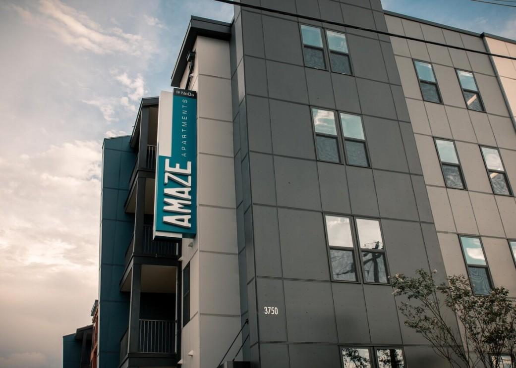 amaze-apartment-homes-noda-charlotte-nc-building-photo